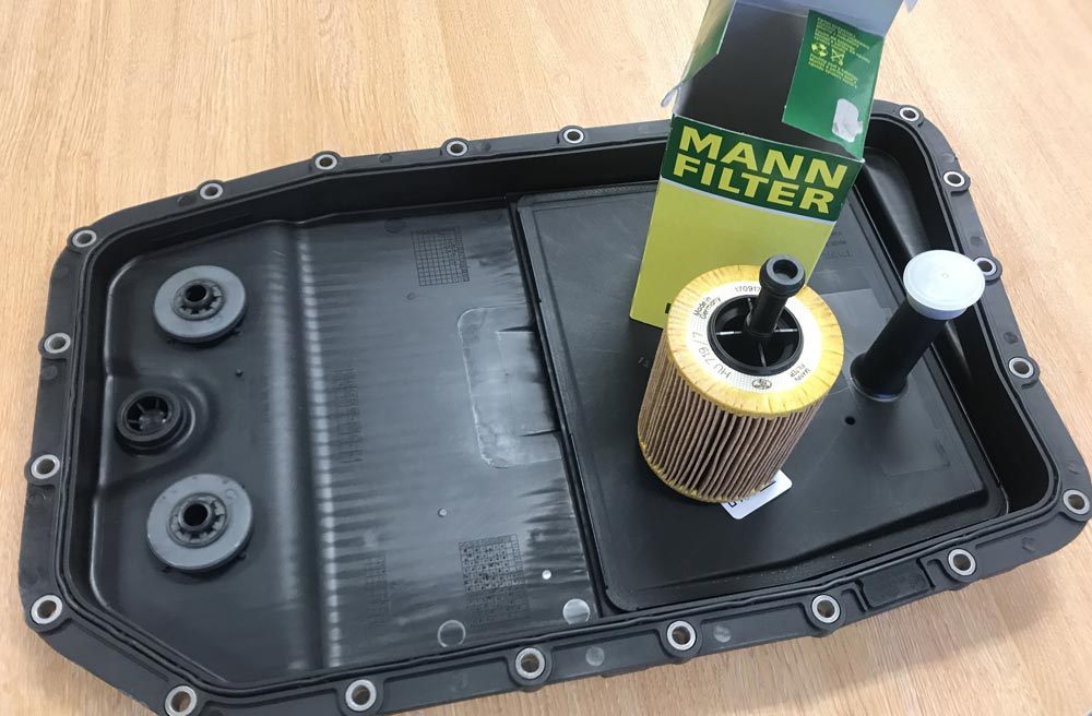 new sump and filter for range rover oil flush at CCM Garages in Crawley, Ewhurst and Cranleigh