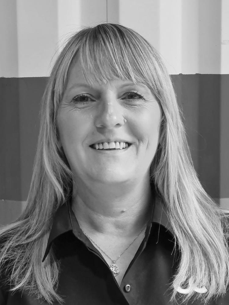 Amanda Service Advisor of CCM Gatwick
